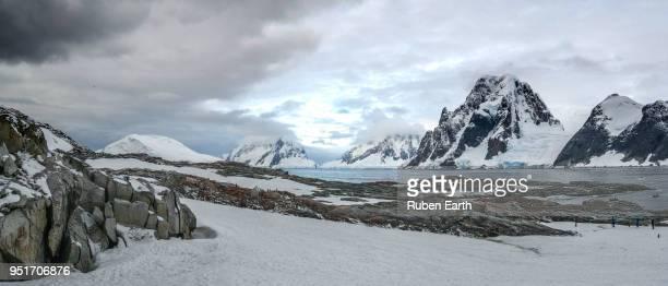 panoramic antarctic landscape in petermann island - antarctic peninsula stock pictures, royalty-free photos & images