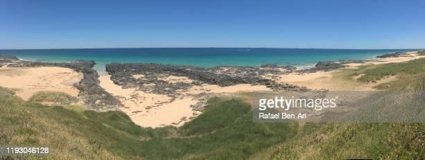 panoramic landscape view of rocky beach in western australia - rafael ben ari stockfoto's en -beelden