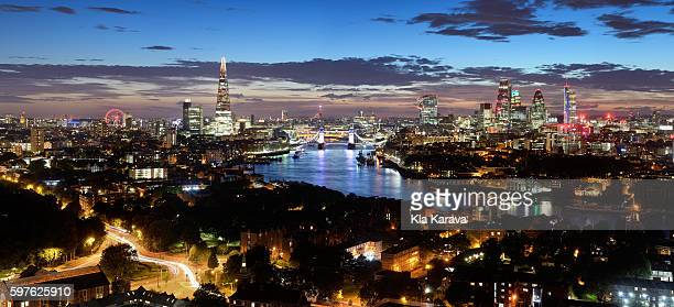panoramic london skyline during twilight - east london stock pictures, royalty-free photos & images