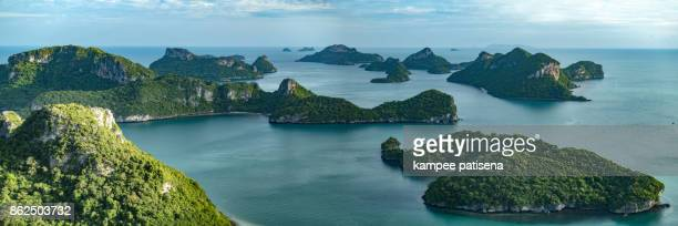 panoramic of angthong islands, koh samui, suratthani, thailand - arquipélago - fotografias e filmes do acervo