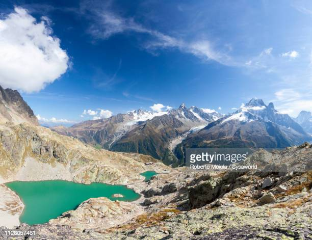 panoramic of lac blanc, chamonix, france - chamonix stock pictures, royalty-free photos & images