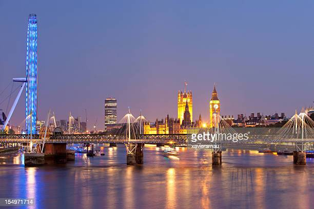 panoramic of london - waterloo railway station london stock pictures, royalty-free photos & images