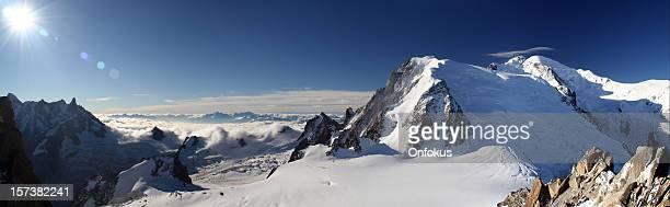 Panorama des Mont-Blanc-Gipfel von Aiguille du Midi