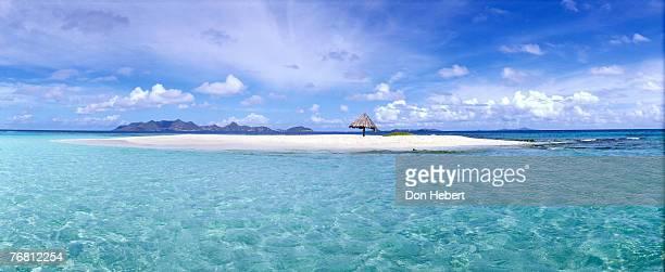 panoramic of small island - saint vincent et les grenadines photos et images de collection