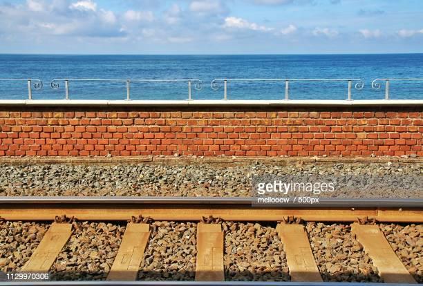 panoramic railway station - リグーリア ストックフォトと画像