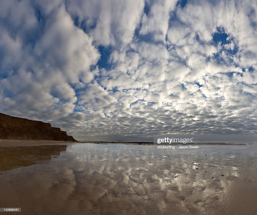 Panoramic vertorama altocumulus : Stock Photo