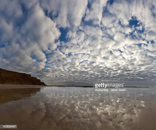 panoramic vertorama altocumulus - s0ulsurfing stock pictures, royalty-free photos & images
