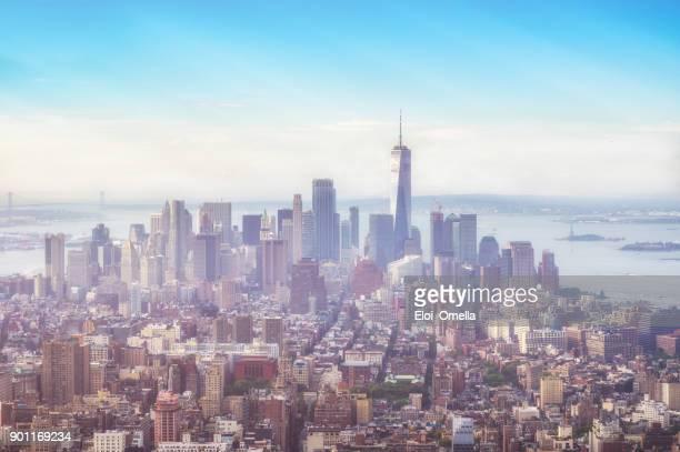 パノラマ ビュー ダウンタウン ミッドタウン マンハッタン ニューヨーク朝の霧 - マンハッタン ストックフォトと画像