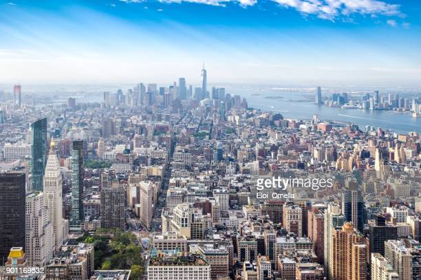 panoramic view downtown midtown manhattan new york morning - manhattan new york city stock pictures, royalty-free photos & images