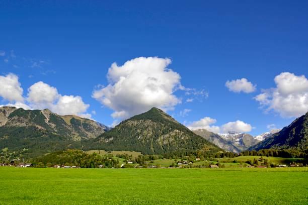 Panoramic view from the Loretto Meadows to the mountains near Oberstdorf, Gaisalphorn 1953m, Nebelhorn 2224m and Schattenberg 1721m, Allgaeu Alps, Allgaeu, Bavaria, Germany
