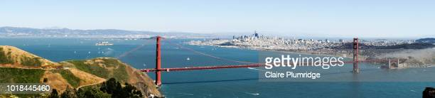 panoramic view looking across at the golden gate bridge, san francisco, usa - claire plumridge stock pictures, royalty-free photos & images