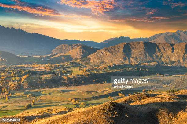 panoramic view nature landscape in south island new zealand - arrowtown stock pictures, royalty-free photos & images