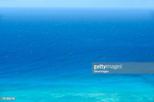 panoramic view of a sea, diamond head, waikiki beach, honolulu, oahu, hawaii islands, usa - ダイヤモンドヘッド ストックフォトと画像