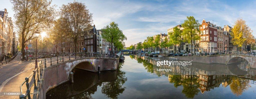 panoramic view of Amsterdam at sunrise : Foto de stock