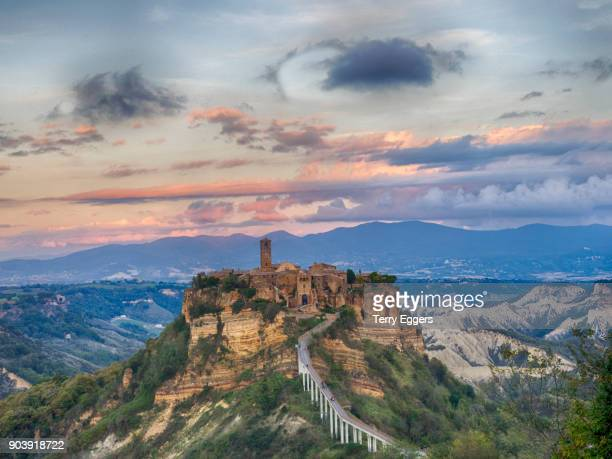 panoramic view of an ancient hill top town, civita di bagnoregio - civita di bagnoregio foto e immagini stock