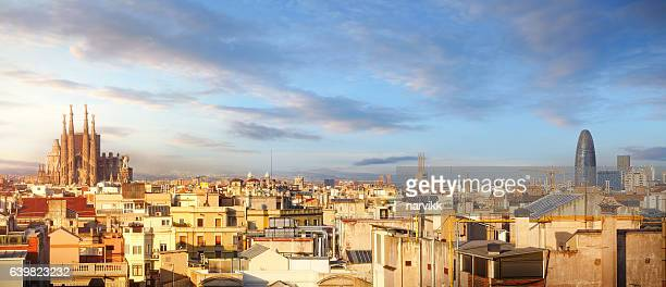 panoramic view of barcelona with sagrada familia - barcelona spanien stock-fotos und bilder