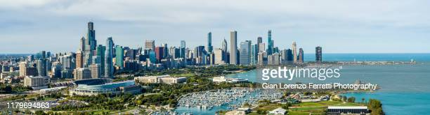 panoramic view of chicago cityscape in fall - midwest usa stock pictures, royalty-free photos & images