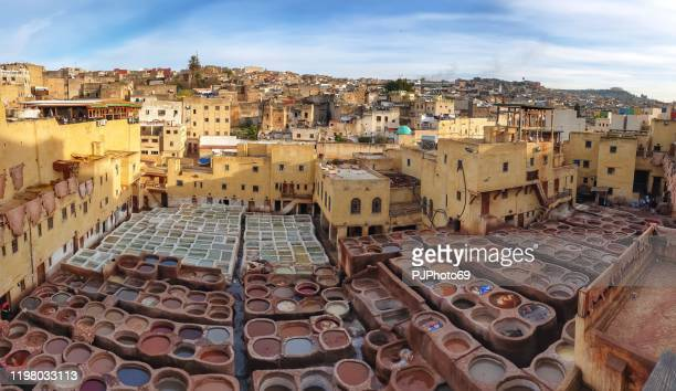 panoramic view of chouara tannery in fes - morocco - pjphoto69 foto e immagini stock