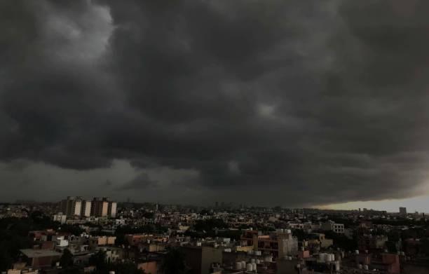 IND: Heavy Rain Lashes Parts Of Delhi NCR
