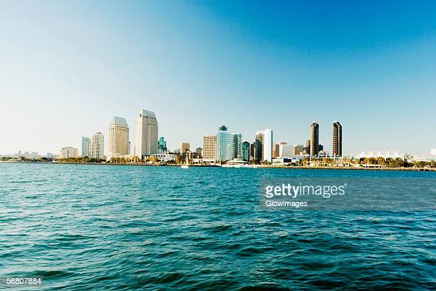 panoramic view of downtown san diego from coronado island, san diego, california, usa - san diego - fotografias e filmes do acervo