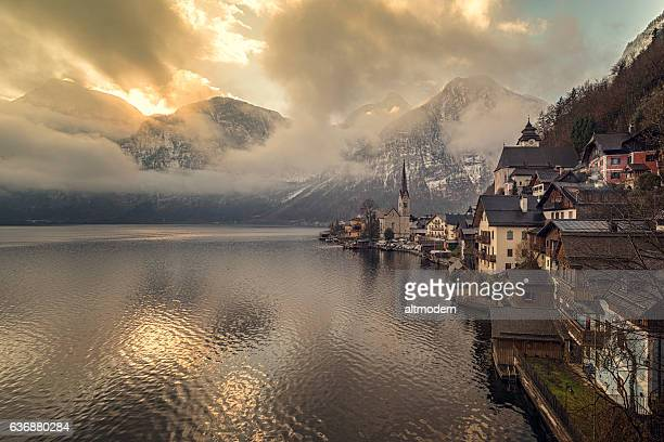 panoramic view of hallstatt sun dawn - hallstatter see stock pictures, royalty-free photos & images