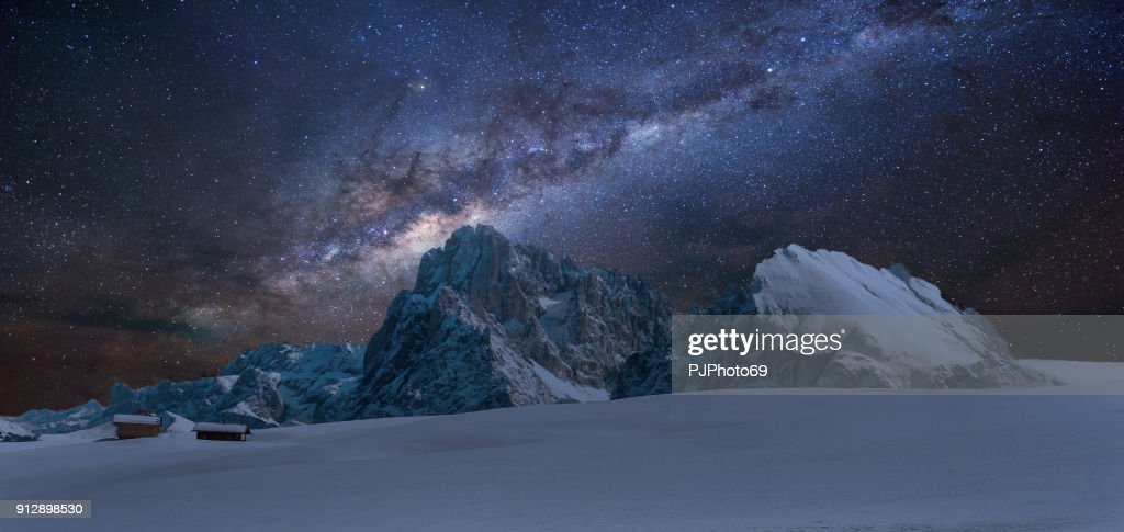 Panoramic view of Langkofel by night with milky way : Foto stock
