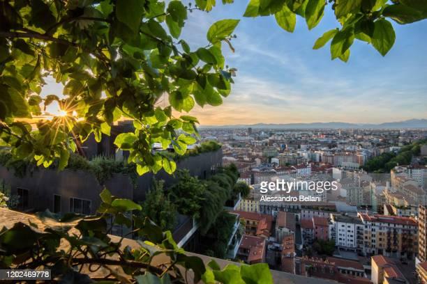 panoramic view of milan, italy - milan photos et images de collection