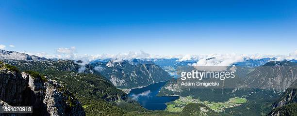panoramic view of mountain lake - hallstatter see stock pictures, royalty-free photos & images