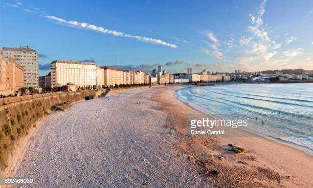 panoramic view of orzan and riazor beaches in a coruña, galicia (spain) - a coruña stock pictures, royalty-free photos & images