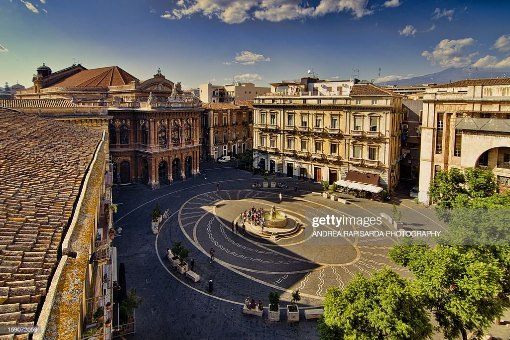Panoramic view of Piazza Bellini : Stock Photo