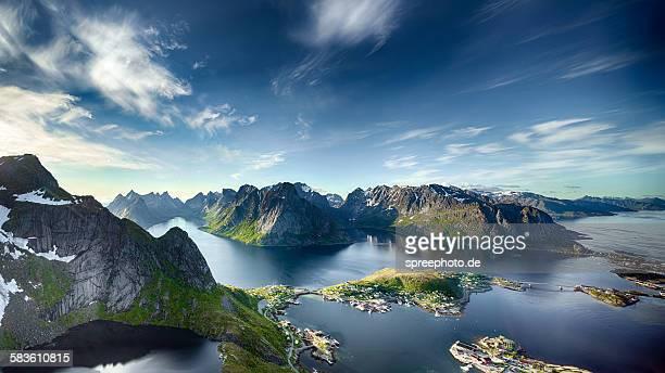 panoramic view of reine, lofoten, norway - noruega - fotografias e filmes do acervo