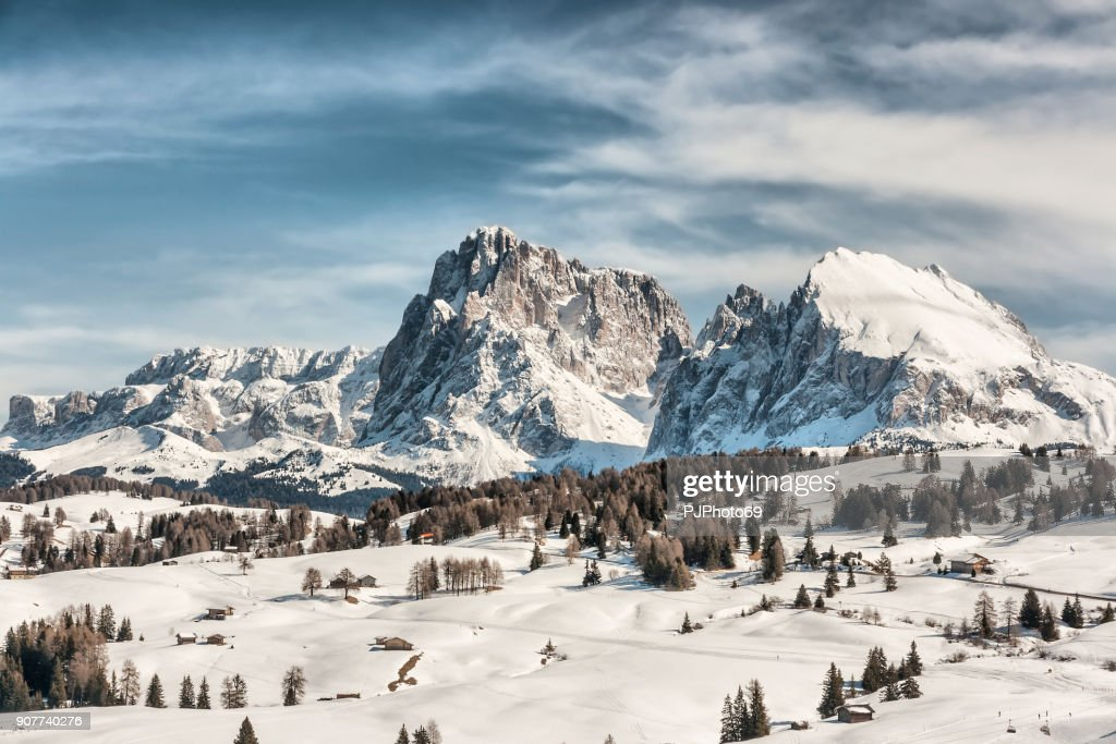 Panoramic view of Sasso Lungo and Sasso Piatto : Foto stock