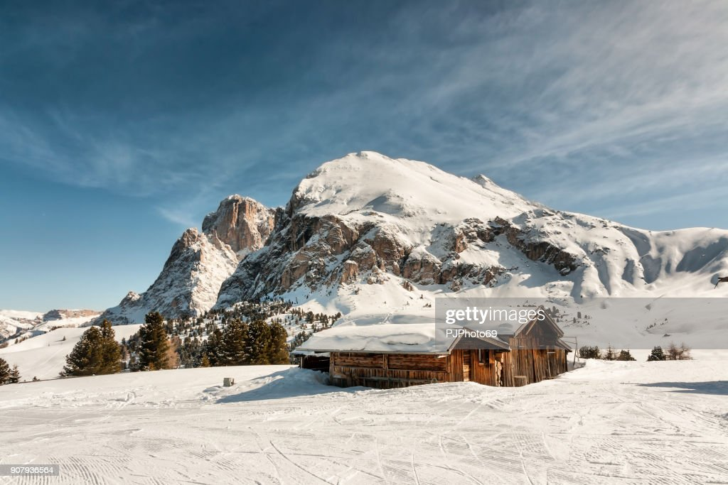 Panoramic view of Sasso Lungo and Sasso Piatto : Foto stock