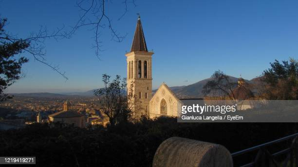 panoramic view of spoleto, umbria, with the cathedral - gianluca langella imagens e fotografias de stock