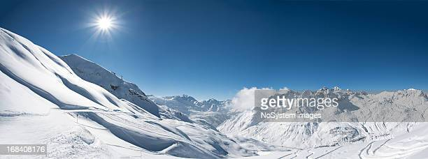Panoramablick auf St. Anton am Arlberg ski area