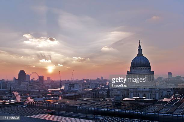 Panoramic view of St Pauls Cathedral at sunset