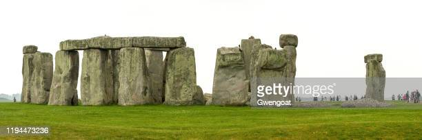 panoramic view of stonehenge in england - gwengoat stock pictures, royalty-free photos & images