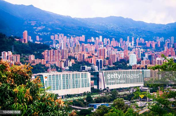 panoramic view of the city of medellín and its buildings, in antioquia, colombia. - medellin colombia fotografías e imágenes de stock