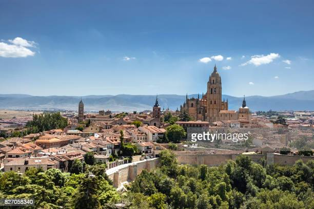 panoramic view of the historic center of segovia from the alcazar, segovia, spain - spain stock pictures, royalty-free photos & images