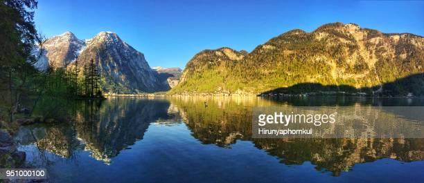 vista panorâmica do lago de montanha - tela grande - fotografias e filmes do acervo