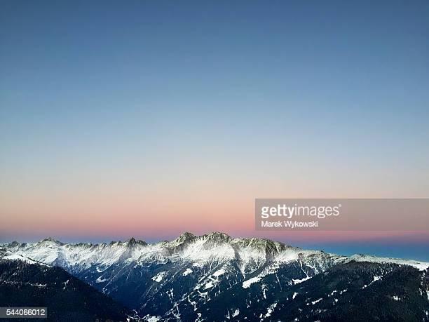 panoramic view of the mountain range over villgraten valley in lienz dolomites, austria - リエンツ ストックフォトと画像