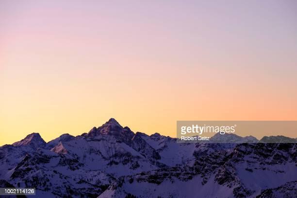 Panoramic view of the peaks of Mt Hochvogel, at sunset, Allgaeu Alps, Tyrol, Austria