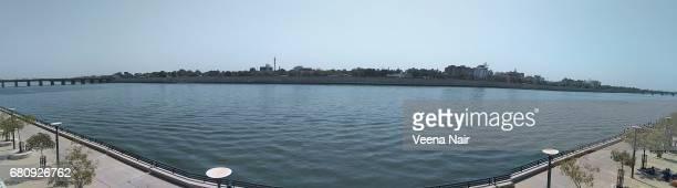 Panoramic view of the Sabarmati riverfront/Ahmedabad