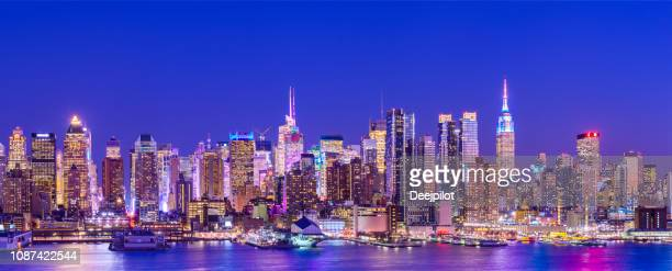 panoramic view of the west side of midtown manhattan at twilight, new york city, usa - midtown manhattan stock pictures, royalty-free photos & images