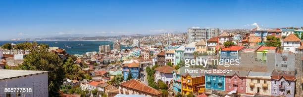 panoramic view on valparaiso - valparaiso chile stock pictures, royalty-free photos & images