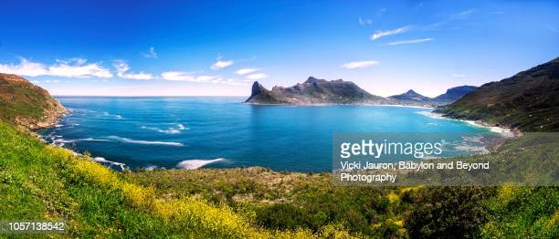 panoramic view over hout bay from the chapman peak drive in cape town, south africa - kapstadt stock-fotos und bilder