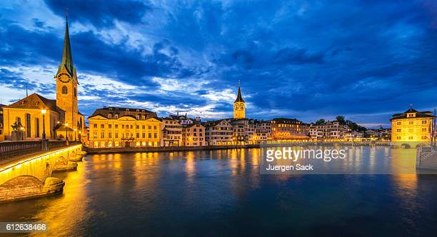 Panoramic view over the Limmat River and Old Town Zürich
