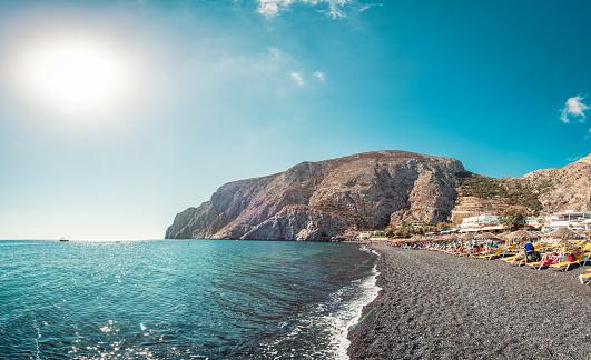 Panoramic view the black sand beach in Santorini, Greece - gettyimageskorea