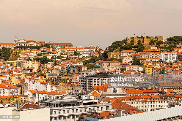 panoramic view towards sao jorge castle - merten snijders stockfoto's en -beelden