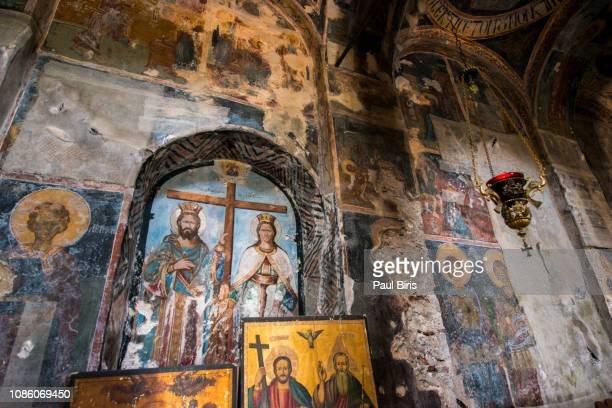 pantanassa monastery altar, ruins of the archaeological medieval town of mystras, peloponnese, greece - byzantine stock pictures, royalty-free photos & images